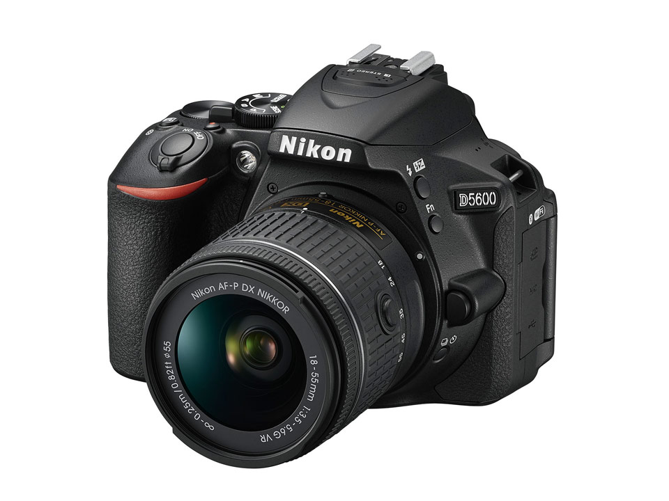 nikon-d5600-with-lenses