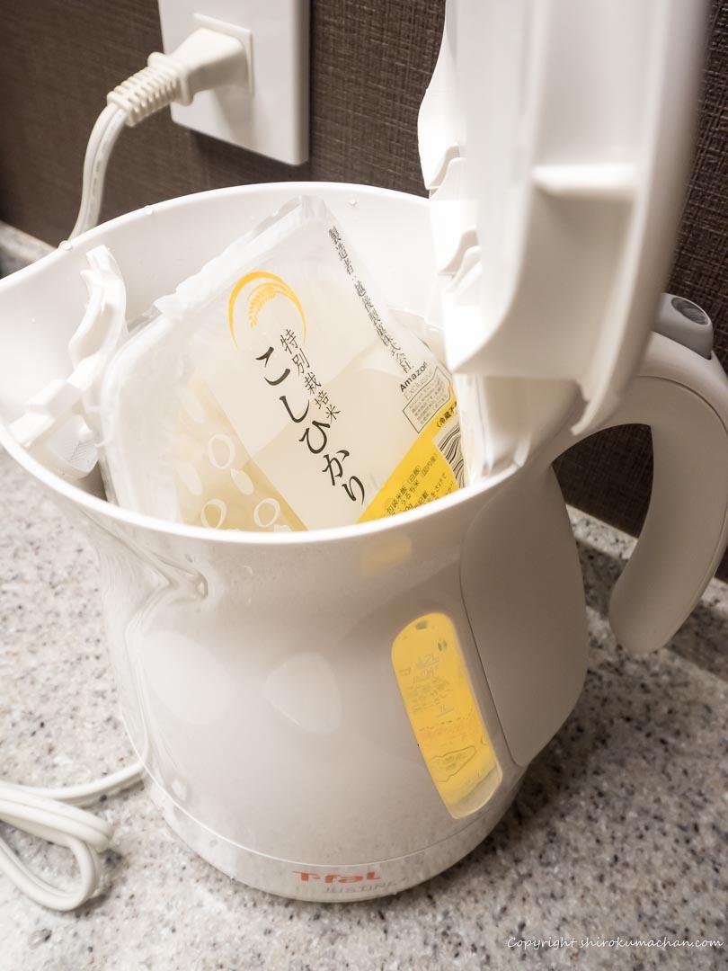 電気湯沸かし器でレトルト食品