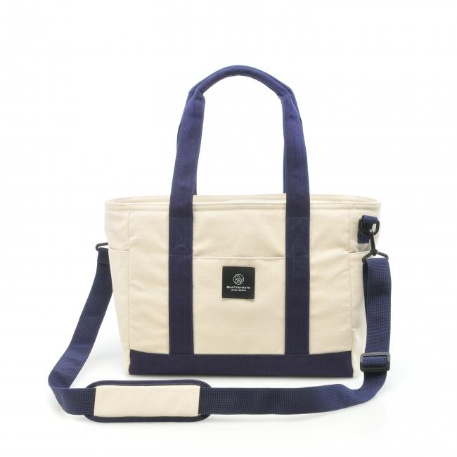 EOS Kiss X9iを買うともらえるアローズのバッグ