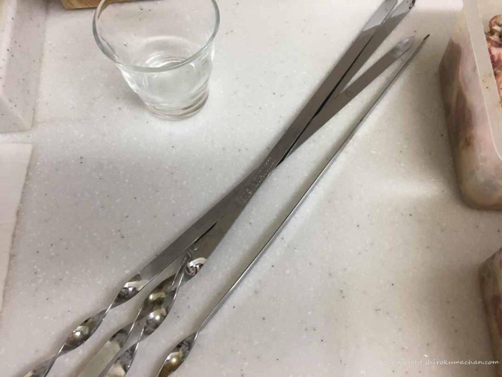 シャシュリークの鉄串