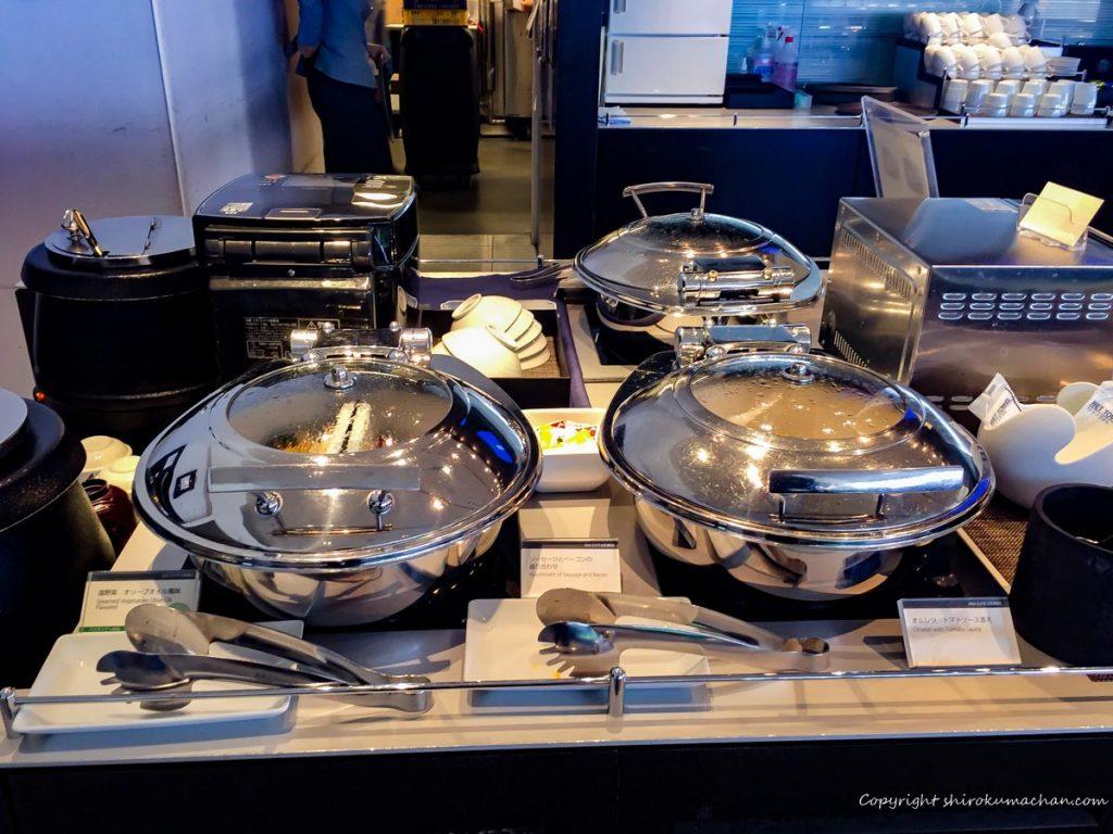 ANA Suite Lounge Narita-Hot meals