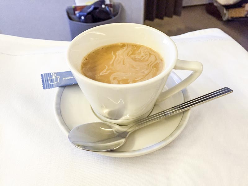 singapore-airlines-business-class-coffee