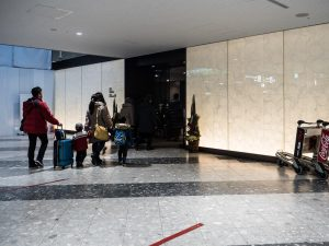 新千歳空港のANA優先チェックインカウンター