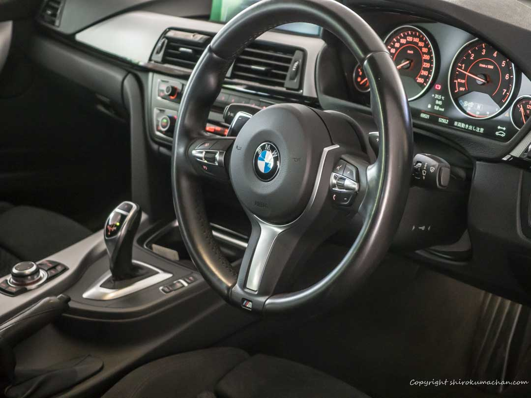 BMW 3 Series 328i Interior