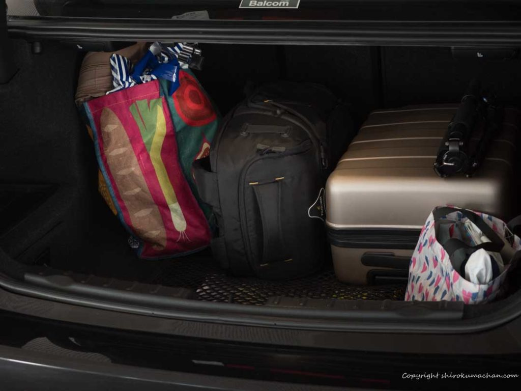 BMW 3 Series 328i Trunk with luggage