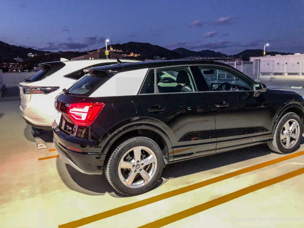 Comparison AUDI Q2 Toyota Harriar
