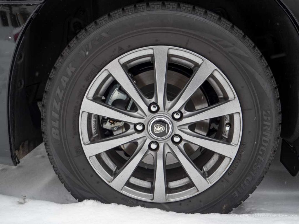 alphard rent a car-studless tire