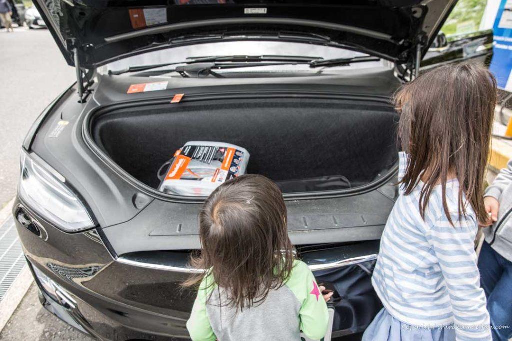 tesla modelx front trunk