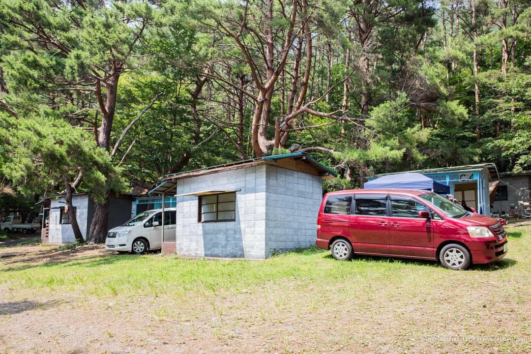本栖レークサイドキャンプ場のバンガロー